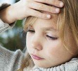 【ウイルス性髄膜炎】子供がよくかかる合併症、症状と治療法