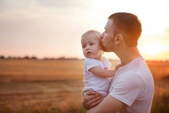 産後 パパと赤ちゃん