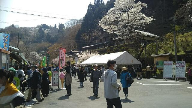 近鉄吉野駅 駅舎から出たところ